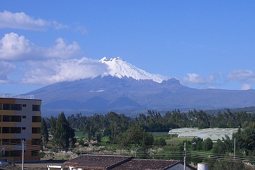 Cotopaxi, fast 6.000 m hoch